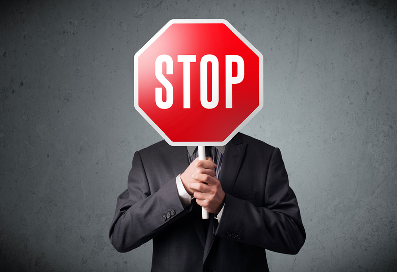 Wenn der Chef sich abschirmt: 8 Strategien, mit denen Sie zum Entscheider kommen