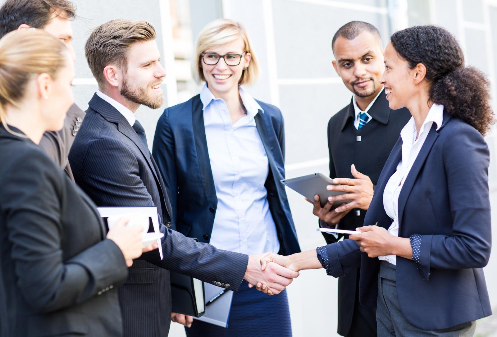 Zusatzverkäufe und Cross-Selling: So freuen sich Ihre Kunden darüber