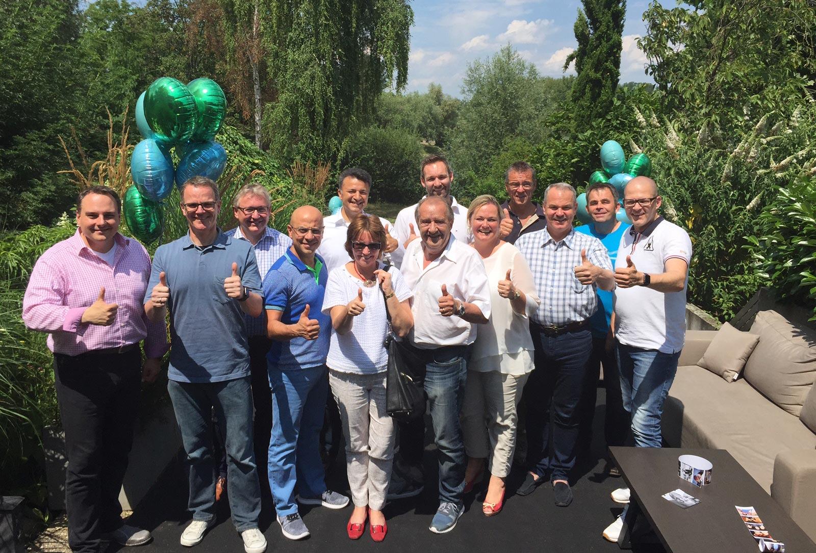 Elf Business Coaches erfolgreich gestartet!