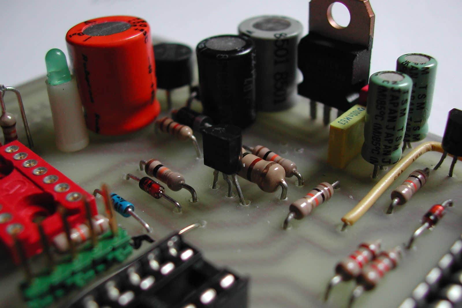 Referenzstory Ernst Auschner – Branche: Elektronik, Mess- und Analysetechnik
